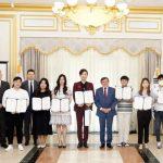 Лучших знатоков русского языка наградили в Южной Корее