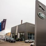 Дилеры Jaguar Land Rover возвращаются к стандартному режиму работы
