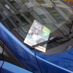 Три серьезных проблемы, вызванных рекламными листовками, засунутыми под «дворник» авто