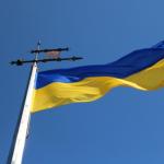 Опрос: почти половина украинцев не считают Украину независимой страной