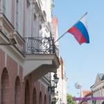 Посольство России в Эстонии призвало не пугать людей «российской угрозой»