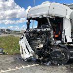 ФОТО: на Таллиннской окружной дороге столкнулись два грузовика