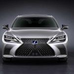 Названы сроки начала продаж обновленного Lexus LS