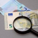 В Латвии начат сбор подписей за минимальную зарплату в размере 630 евро