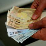 С 1 сентября этого года в Латвии повысят зарплаты преподавателям вузов