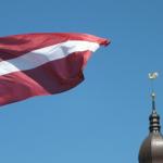 Латвийский политик призвал говорить с Россией на русском языке