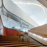 В Москве и Подмосковье возвращаются к работе кинотеатры и концертные залы