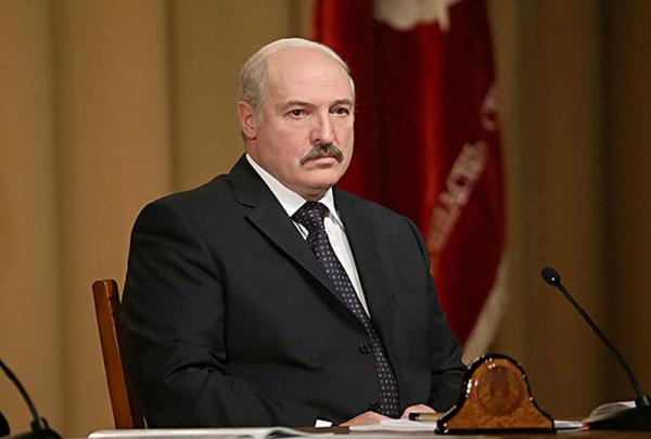 Введение санкций против Лукашенко подтверждает вмешательство Запада в дела Белоруссии, считают в Москве