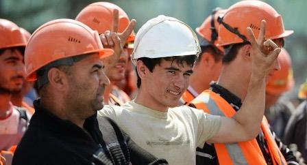 Свыше 50% трудовых мигрантов из республик бывшего Cоветского Союза хотят остаться в России