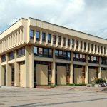 Правительство Литвы - за разрешение баллотироваться в сейм с 21 года