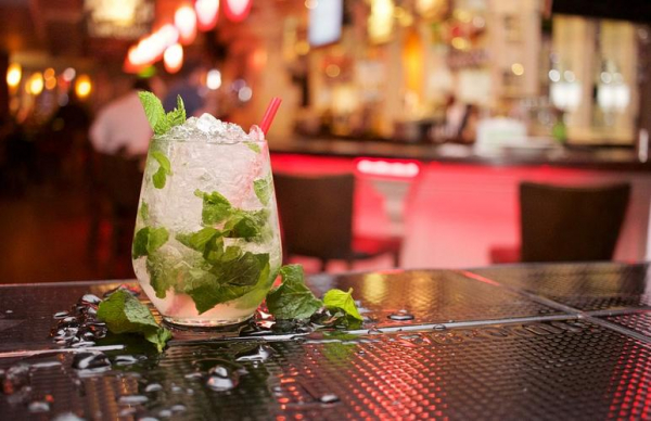 Восемь тартуских баров закрываются на неделю