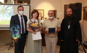В Ереване медалью «За любовь и верность» награждены 11 семейных пар