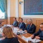 Вопрос обучения студентов из-за рубежа взят на особый контроль, сообщил в Минобрнауки