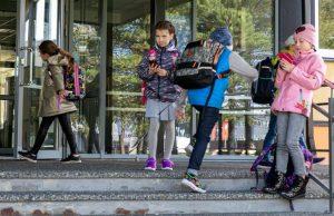 Столицы против вируса: школы продолжают работу