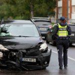 ФОТО: водитель въехавшей в автобус машины скрылся с места ДТП