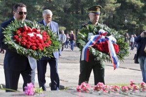 В латвийском Саласпилсе прошли траурные мероприятия