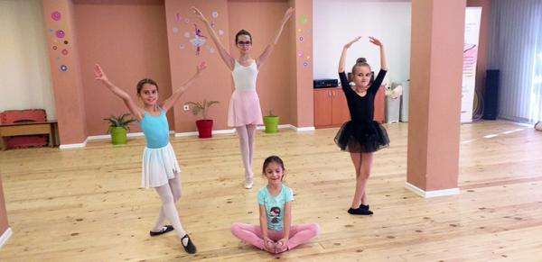 Детская школа русского балета продолжает работу в Пловдиве