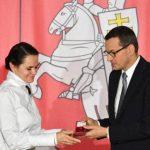 Польша вручила Тихановской ключи от белорусского центра в престижном районе Варшавы