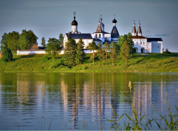 Село Ферапонтово в Вологодской области признано одной из самых красивых российских деревень