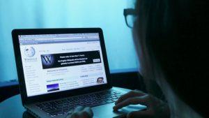 Страна.ua: украинскую «Википедию» захватили националисты и их кураторы