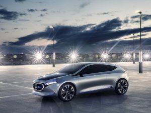 Mercedes-Benz откладывает премьеру нового кроссовера