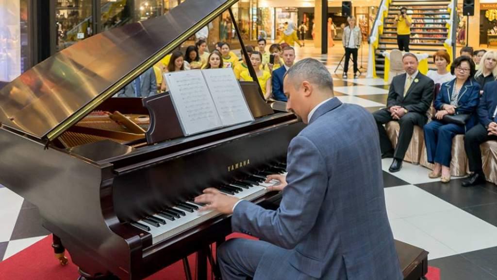 Российский пианист проведёт в Таиланде девятичасовой музыкальный марафон