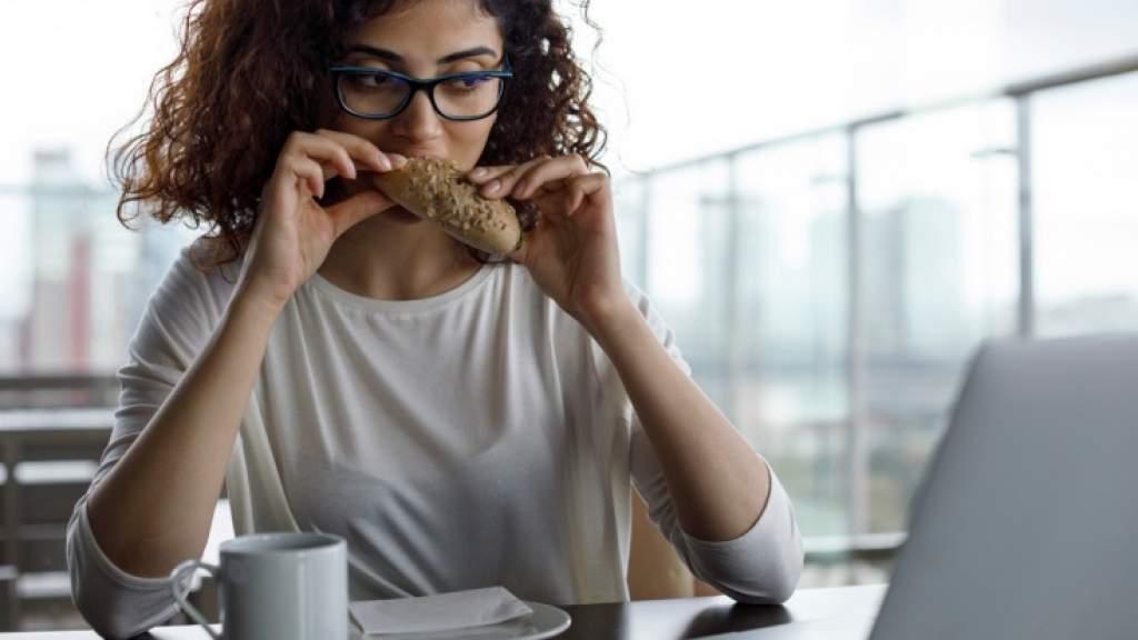 Помогает ли стресс похудеть? Можно ли похудеть от «нервов»? Рекомендации нутрициолога